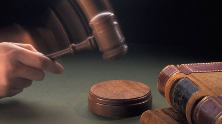 De ce ofera avocatii consultari online