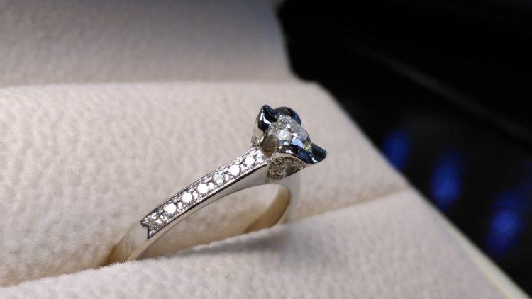 Cel mai cel inel de logodnă